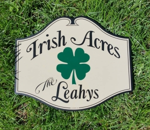 custom-signs_sign-with-shamrock_2020-12-16_145059.jpg - Thumb Gallery Image of Custom Signs